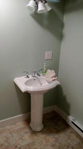 11 sink